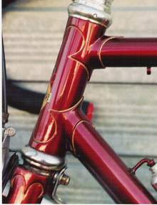 Head lugs on an Italia frame