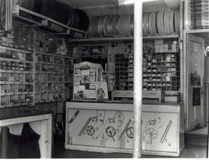 Thanks to Alan and June Polley for the images of Duckett's shop.