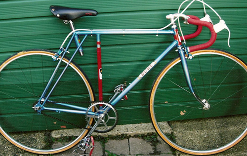 A sporty short-wheelbase Duke owned by Bob Drake, featured in Readers' Bikes