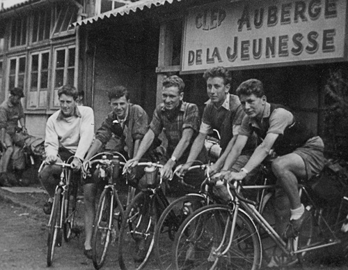 Another shot of Colne Valley C C, this time touring in France in 1953 and seen here at the Amiens Youth Hostel. Left to right: Jack Potter on a Gillott, Jack Hobbs on his Hobbs, Ken Pye on Rotrax (later Mayor of Wigan for many years) Bernard Lockley on JRJ Massed Start Special, Norris Lockley 1950 Hilton Wrigley Superbe (polychromatic blue with dark brown panels and South of France bars)