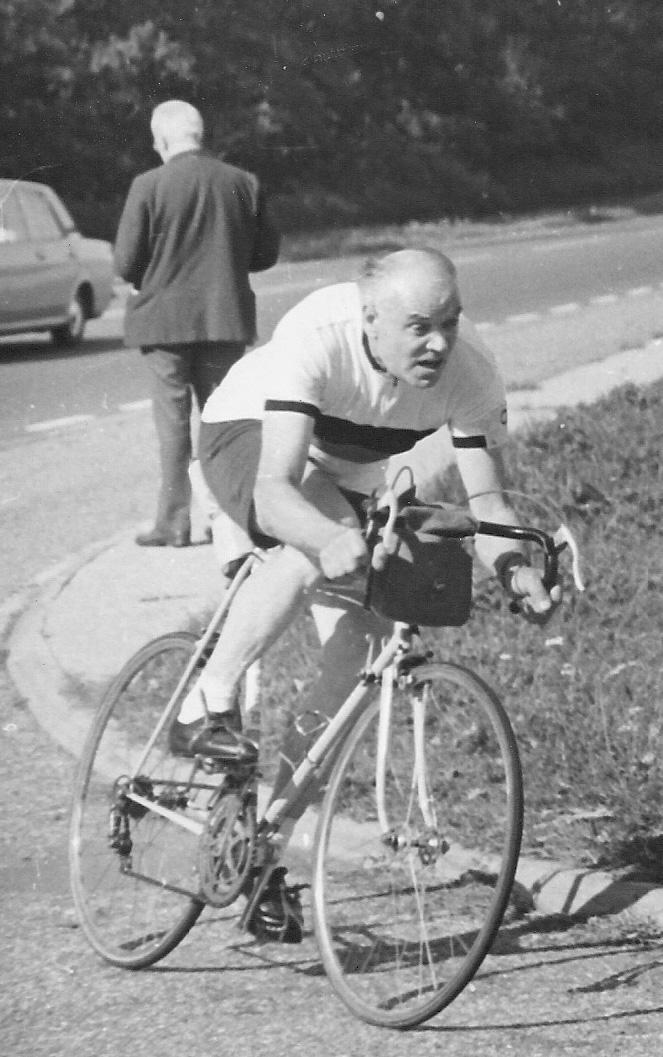 H R Morris (Lea Valley RC) entering the finishing lane in the Century '100' near Cambridge