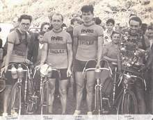 Paris team 1947 with what look like Tour de France machines. Possibly at the 1947 Independent National Championships
