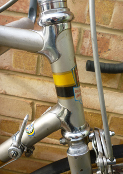 Meridian head lugs and fully flush fork crown
