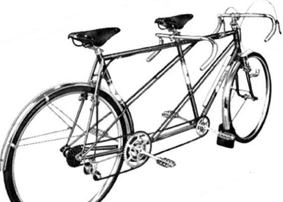 Harry Rensch designed and built this twin-tube version of the Double Marathon as early as the 1940's, again with in-line transmission, cantilever brakes and curved rear seat tube