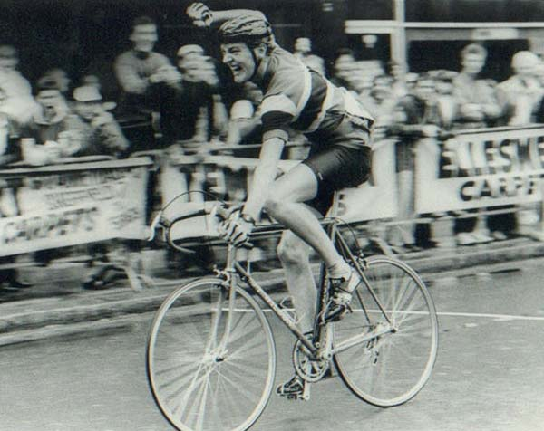Author of this piece, the son of Jim Wilson, Nigel Wilson winning the 1985 Sheffield City Centre Race