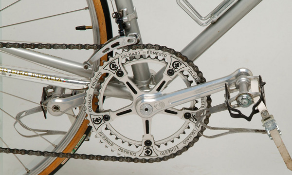Colnago pantographed chainring and chainstay showing Giro D'Italia decal