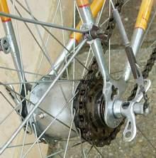 Sturmey Archer KS 3-speed hub gear. Note tapered barrel.