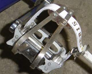 Philite pedals with unidentified toeclips which Bob would like to identify