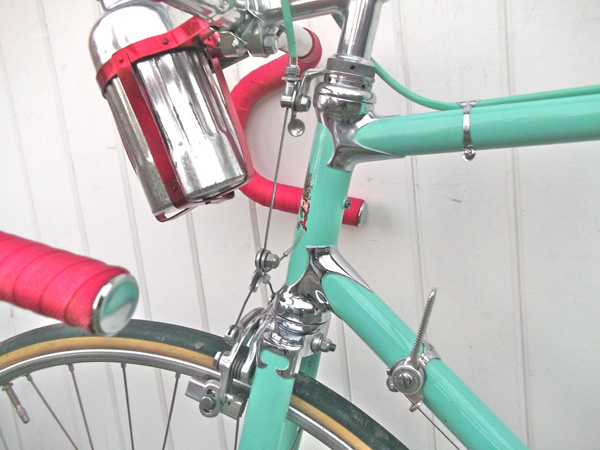 Classic Bianchi Celeste paint and chrome lugs/fork crown Note QR on brake cable hanger
