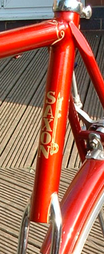 Upper seat tube showing 'Saxon' transfer and bilaminated seat lug