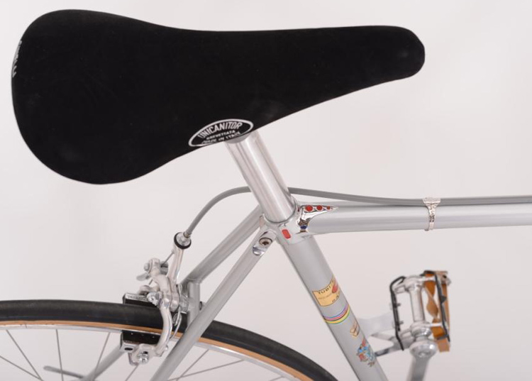 Cinelli Unicanitor No 2 saddle with Cinelli Speciale Corsa fastback seat cluster detail