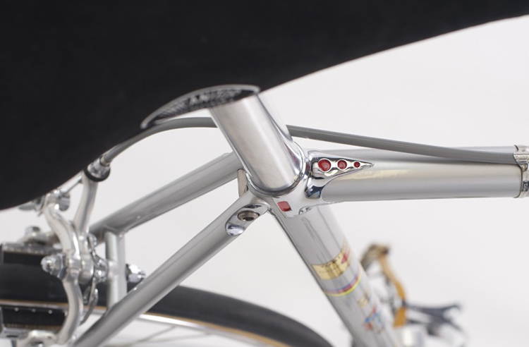 Cinelli Unicanitor No 2 saddle with Cinelli Speciale Corsa fastback seat cluster detail - alternative view