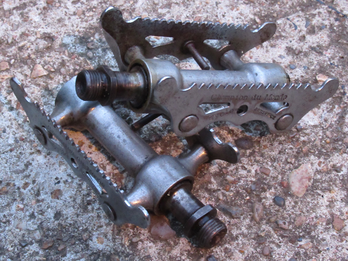 Bill Ives has sent two images of his Cyclo Champion du Monde pedals to add