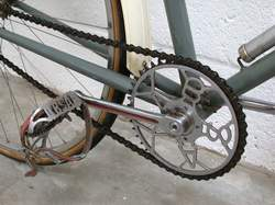 Pre-war steel 5-pin BSA chainset and pedals