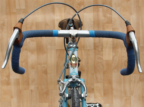 Front view showing Oscar Egg Super Champion lugs, Universal 51 brakes
