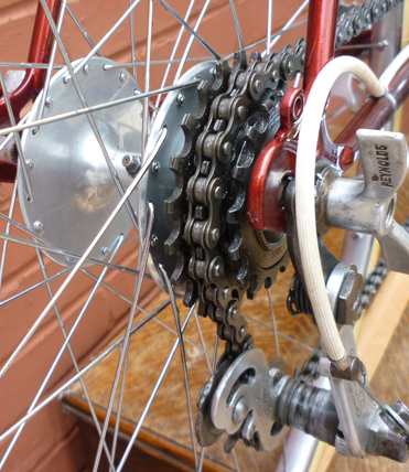 Detail shots of head lugs, Harden 'Bacon Slicer' hub with 3 x 1/8