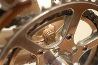 Twin pulleys used for rear cables