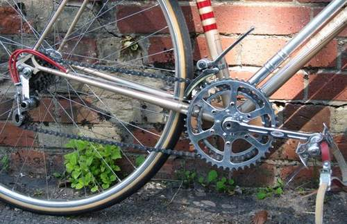 Huret 'Louison Bobet' 5-speed rear mech with double cable. Huret fore and aft rod operated front mech