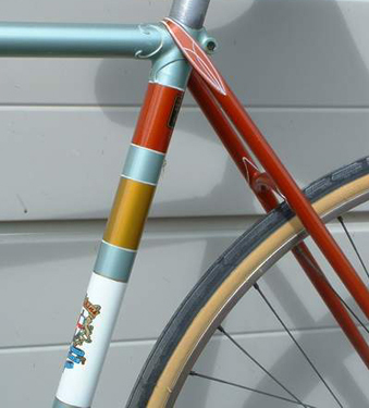 Detail showing the seat cluster with wrap-round seat stays and decorative work on seat stay bridge, also the unusual original paint job and 531 transfer on rear of seat tube