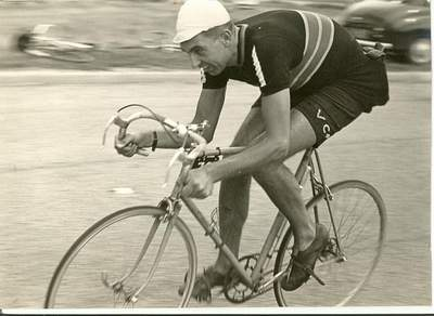 Dave Keeler in the 1958 North Road 24 hour event on Mercian with Paris-Roubaix gear