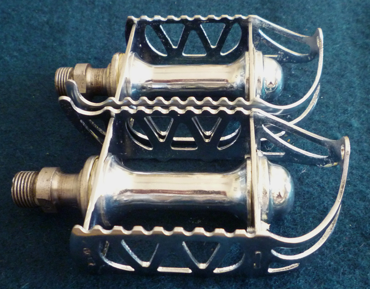 A smart pair of Webb pedals with alloy barrels owned by Roger