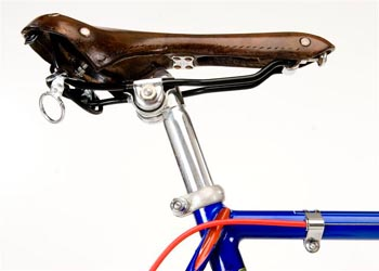 Brooks Swallow saddle with tub carrier, also detail of topeye