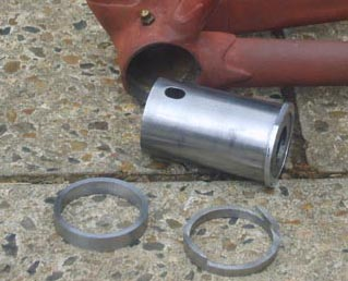 Bottom bracket before repair with the shell of the unit hub and the two strengthening rings