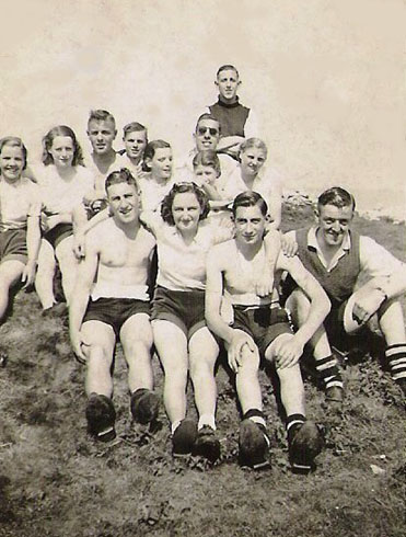 The Staveley Wheelers' c 1935
