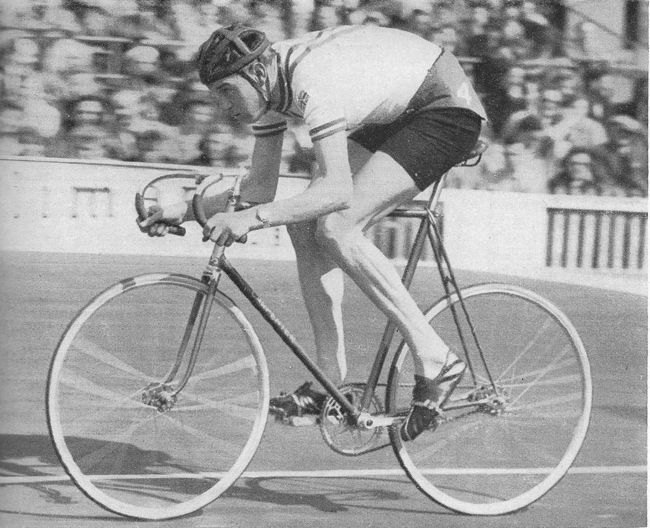 1957 - Mike Gambrill, Clarence Wheelers - National Champion at both 4000 metres pursuit and 25-mile Time Trial. Rejected in March as medically unfit for National Service, Mike prepares for an attempt at the World Amateur Pursuit title. He also made his road race debut in April.
