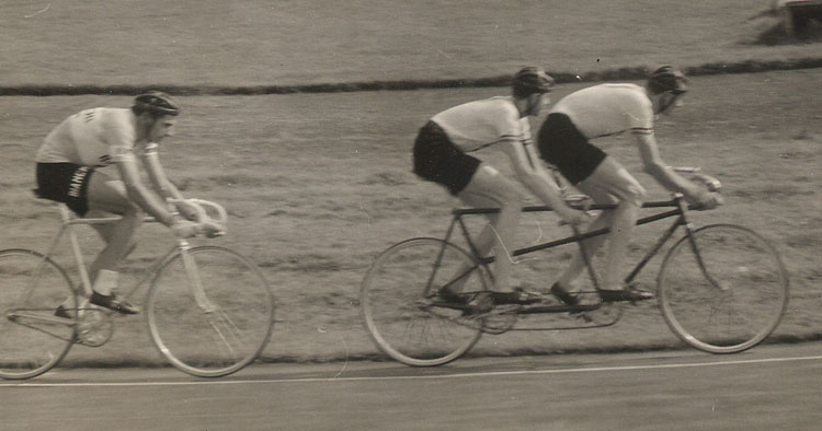 Another interesting photo and some snippets from the meet sent in by Robin Gambrill, seen here with his brother Mike (both Clarence Wheelers) on their SWB track tandem.