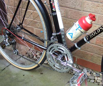 Drive set showing Benelux gears and Stronglight/TA chainset