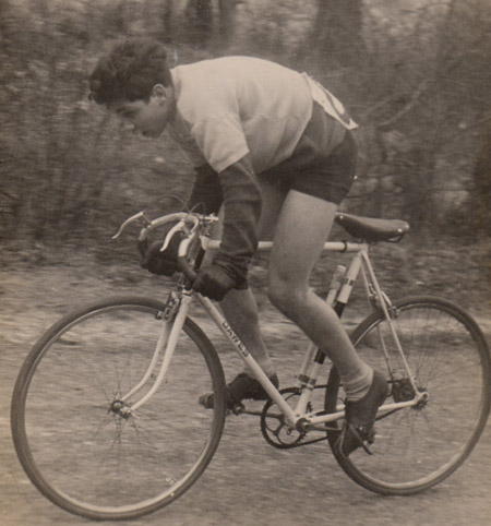 9 - Jim finishing in fourth place in the cross-country. Note late-forties style set-up with saddle virtually on top tube. Single-speed Dawes.