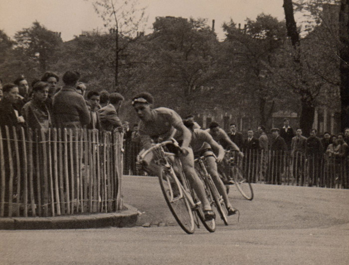 5 - Jim leading into the hairpin in the Finsbury Park Massed Start race