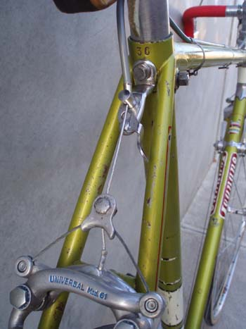 rear view showing frame number, clamping bolt to front of seat tube and Universal QR hanger which bolts into a braze-on boss
