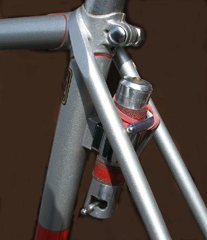 Close-up of Pennine CO2 pump mounted on special boss on rear of seat tube