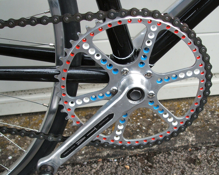 Drive chain with TA 5-pin cranks and 48T chainring drilled and painted by Stuart Henderson Red/white/blue colour sheme to match transfers and topeye feature
