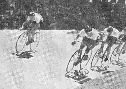 THE WESTERN PROVINCE PURSUIT TEAM Gelderbloom (top of banking), Rivers, Laubscher and Otto
