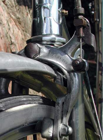 detail of Lytaloy front brake and Thanet 'T' lug