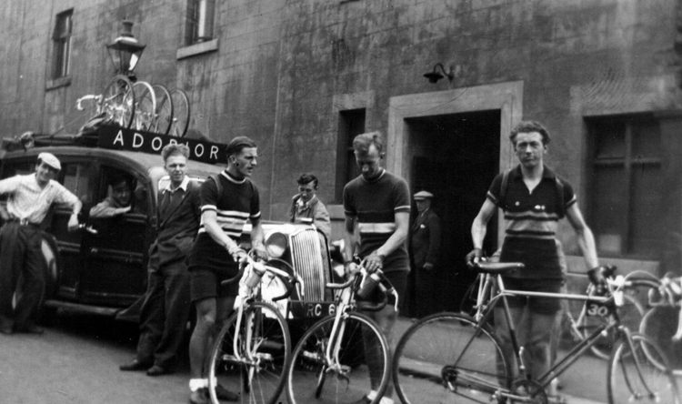 Peter riding for team Adorior with their 50s estate wagon complete with woodwork on body. He finished in 4th place in this 1951 Brighton to Glasgow (6-day stage) Race organised by the BLRC, he also won the King of the Mountains prize.