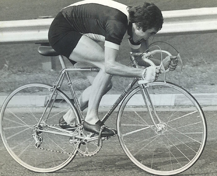 Another shot of Alf Engers in his 'drillium' era. Shorter frame with just about every component drilled including the bars and the ends on the frame. There doesn't seem to be much of the seat pillar, brake levers or chainring left!