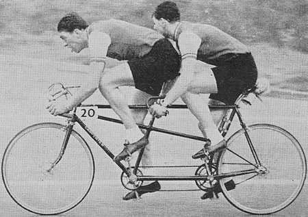 Ron Jowers and Alan Jacob, Clarence Wheelers on a Carpenter SWB tandem.