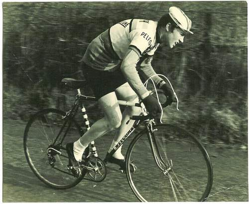 Geoff Carter in action age 16 in Long Eaton Paragon's hilly time trial in March 67, the Witcomb's first outing